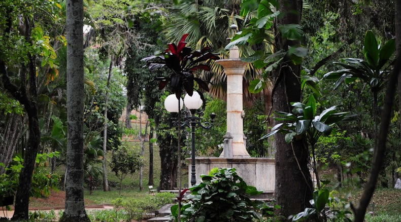 Praça XV de Novembro | Jardim de Baixo