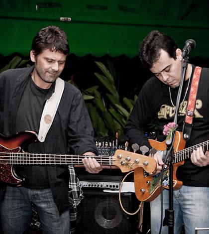Banda Delta Mood, com Ricardo Giesta e Rominho Alvernaz